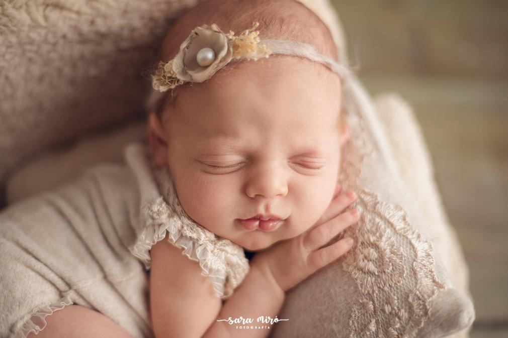 Sesión de fotos de recién nacido en Alcalá de Henares, Madrid