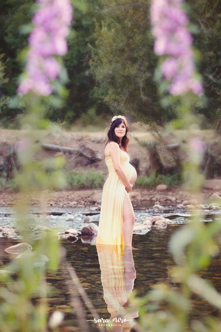 Sesión de fotos de embarazada en exterior, Guadalajara